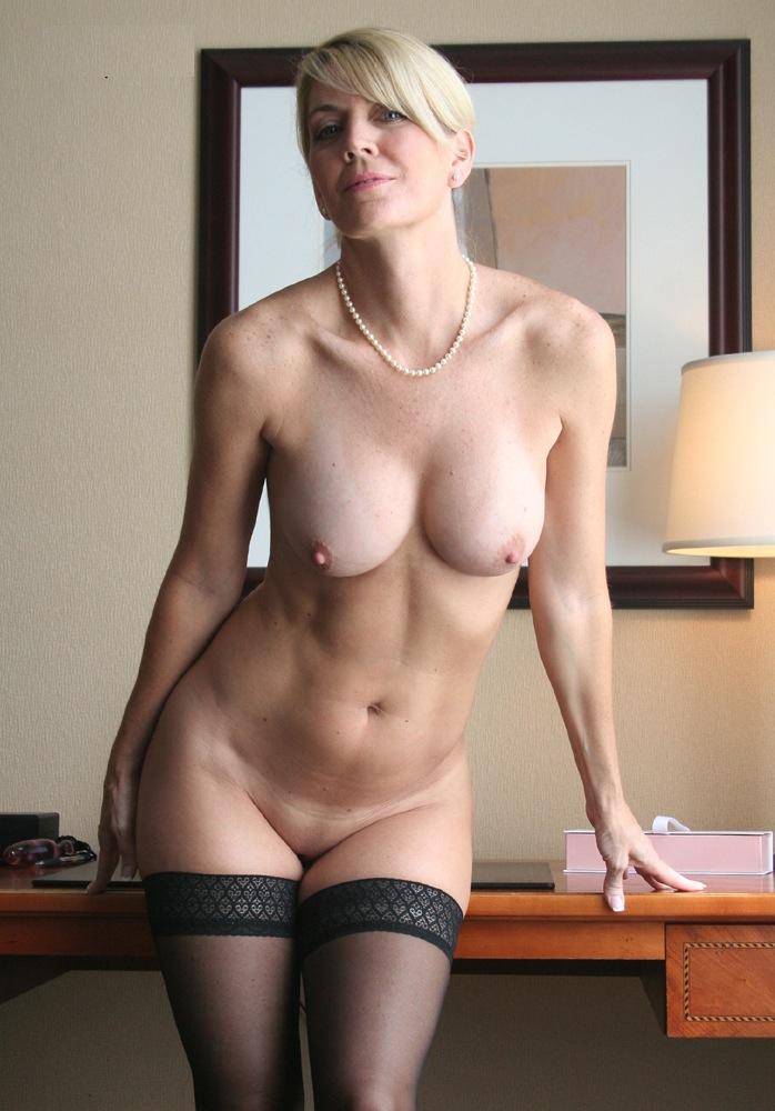 фото женщин голых в соку