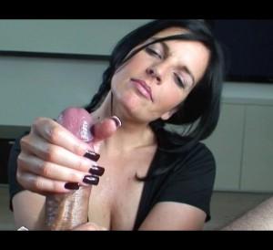 jeune asiatique nue femme godeuse